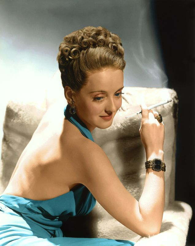 Bette Davis Glamorous Photo Shoot
