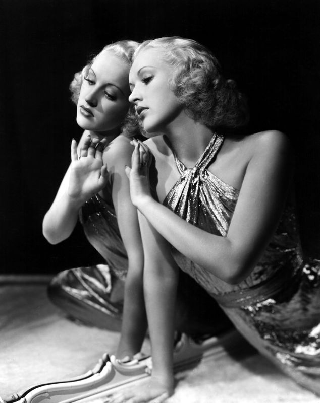 Betty Grable In A Fashion Shoot