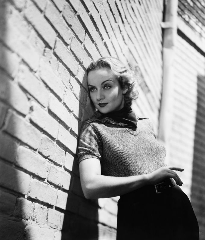 Carole Lombard On The Paramount Lot