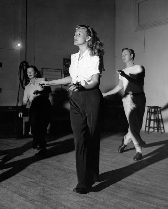 Dorothy Fox, Rita Hayworth & Marc Platt In Rehearsal