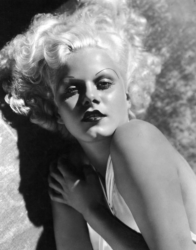 Striking Jean Harlow