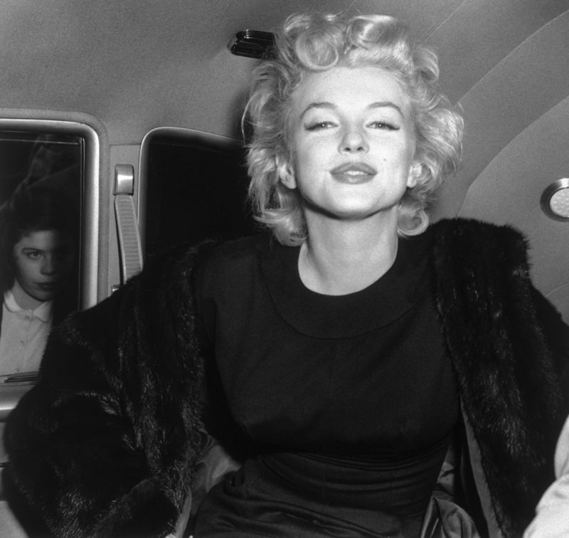 Marilyn Monroe at Idlewild Airport