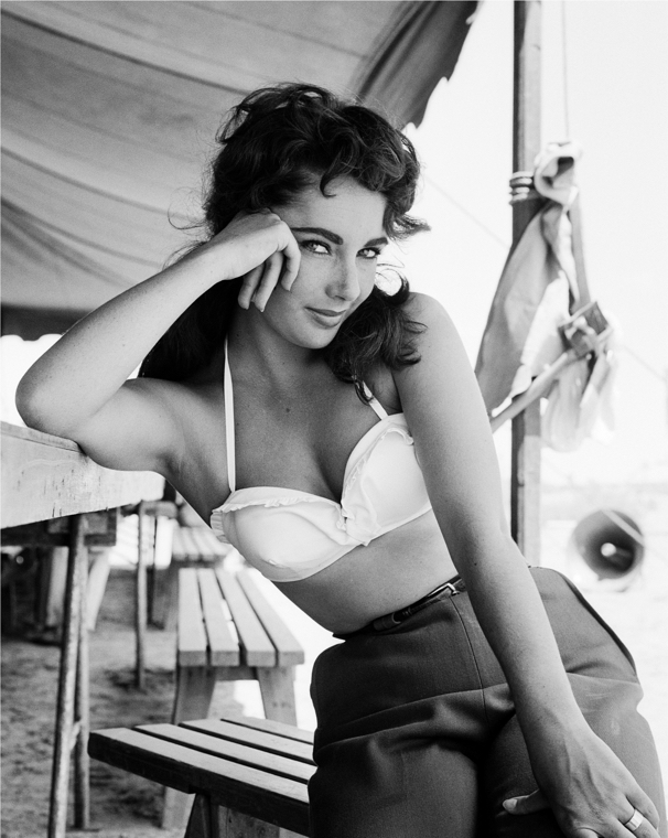 Liz Taylor On The Set Of Giant