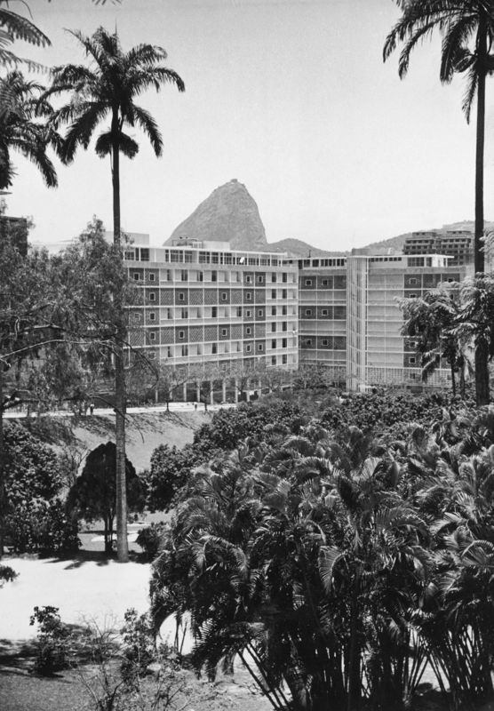 Niemeyer Apartments