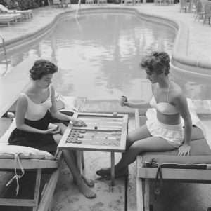 Backgammon By The Pool